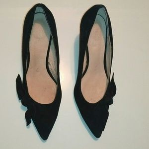 Joe Fresh suede heels with bow detail
